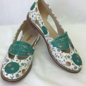ALASKA Shoes Flats Floral Design Teal Cut Out 8.5